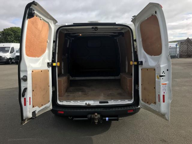 2017 Ford Transit Custom  290 L1 DIESEL FWD 2.0 TDCI 105PS LOW ROOF VAN EURO 6 (BL17BVZ) Image 9