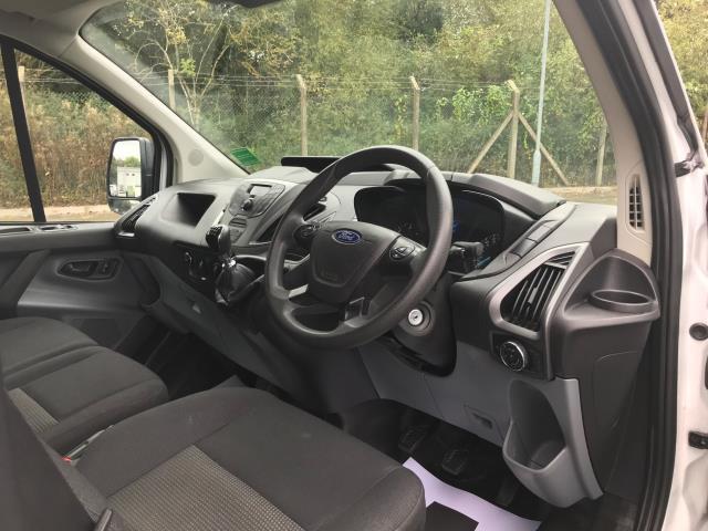 2017 Ford Transit Custom  290 L1 DIESEL FWD 2.0 TDCI 105PS LOW ROOF VAN EURO 6 (BL17NNX) Image 17
