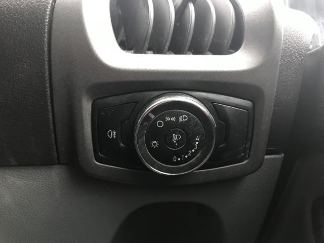 2017 Ford Transit Custom  290 L1 DIESEL FWD 2.0 TDCI 105PS LOW ROOF VAN EURO 6 (BL17NNX) Image 27