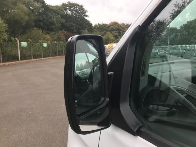 2017 Ford Transit Custom  290 L1 DIESEL FWD 2.0 TDCI 105PS LOW ROOF VAN EURO 6 (BL17NNX) Image 14