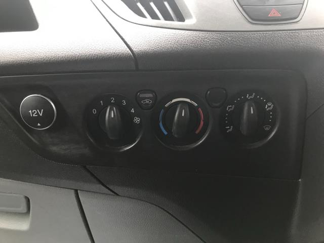 2017 Ford Transit Custom  290 L1 DIESEL FWD 2.0 TDCI 105PS LOW ROOF VAN EURO 6 (BL17NNX) Image 21