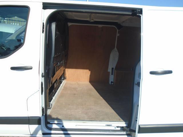 2017 Ford Transit Custom 2.0 Tdci 105Ps Low Roof Van (BL17NVG) Image 12