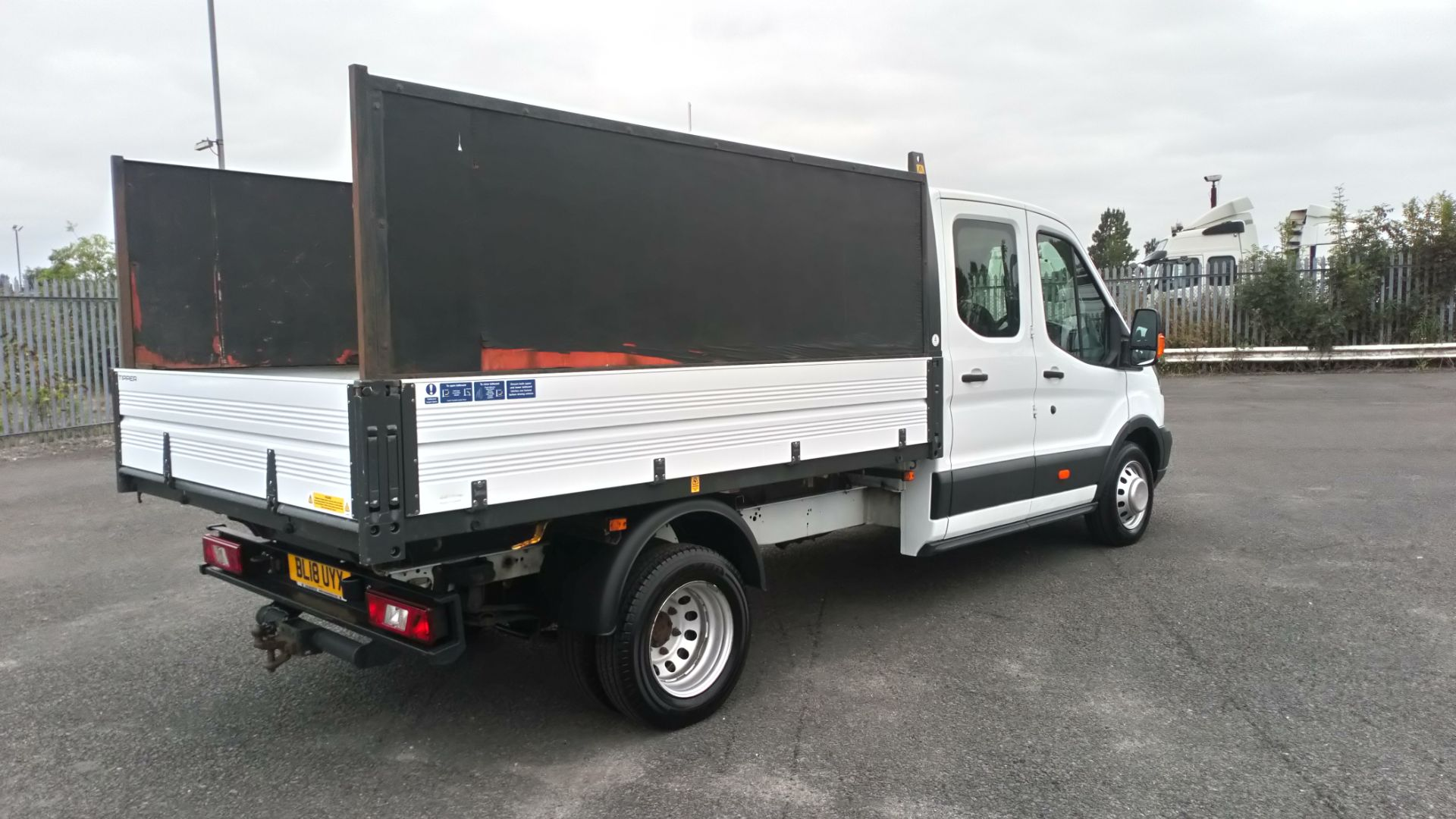 2018 Ford Transit 2.0 Tdci 130Ps H2 Double Cab Tipper (BL18UYX) Image 7
