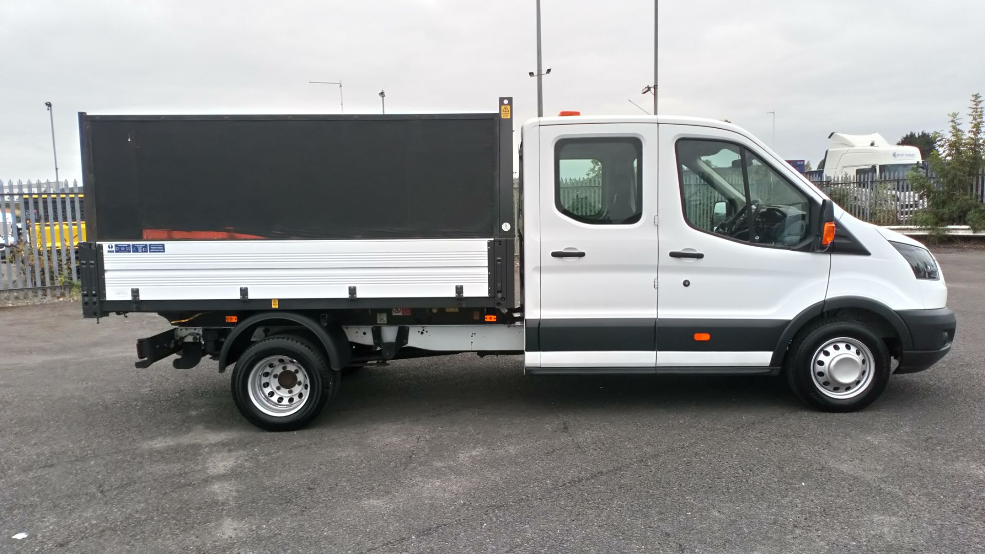 2018 Ford Transit 2.0 Tdci 130Ps H2 Double Cab Tipper (BL18UYX) Image 8