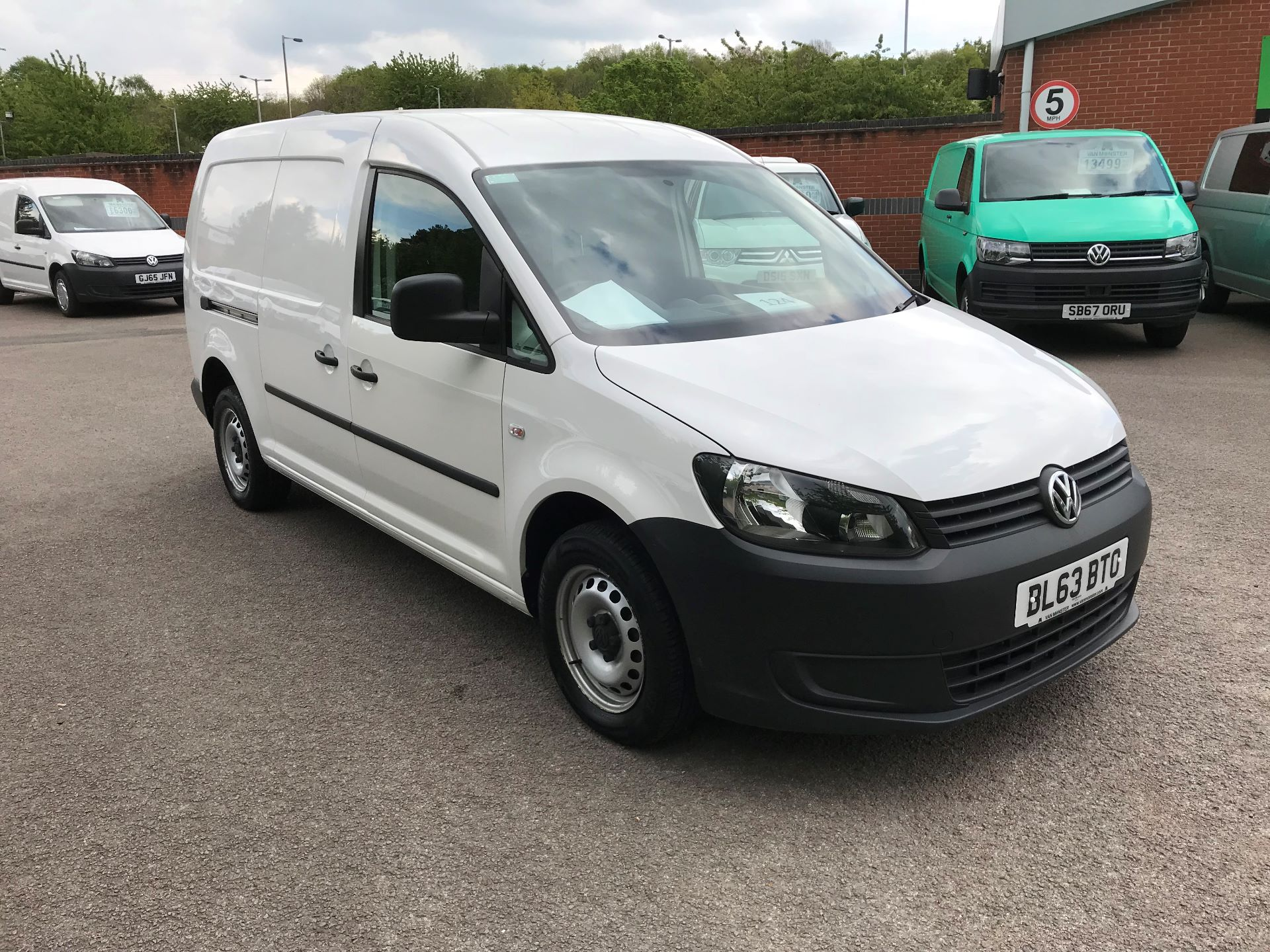 2014 Volkswagen Caddy  2.0 102PS BLUEMOTION TECH 102 STARTLINE Euro 5 (BL63BTO) Thumbnail 1