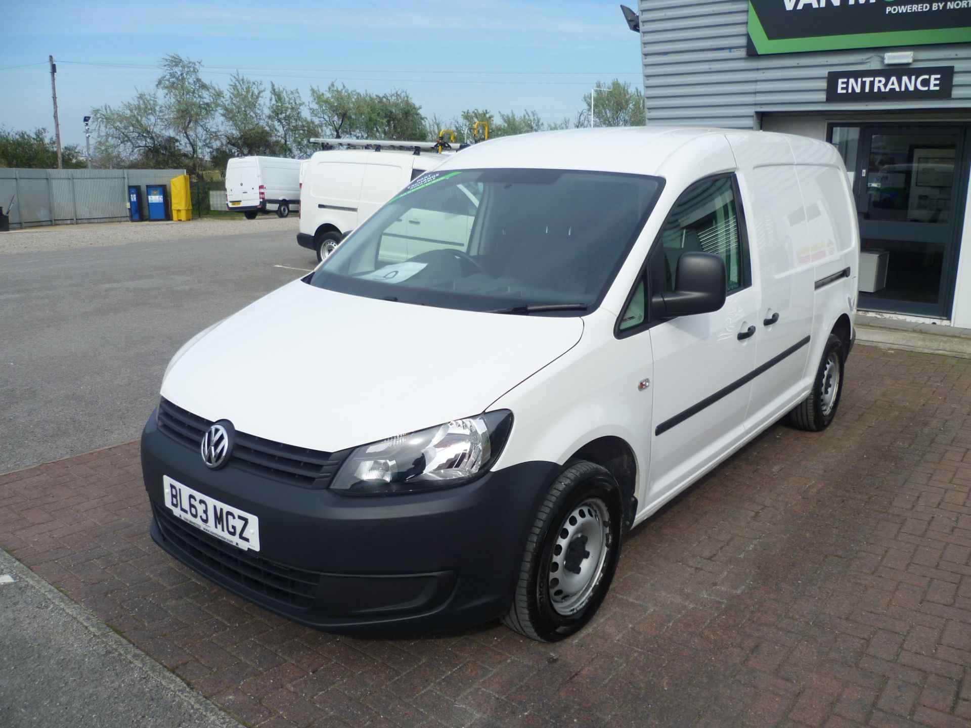 2014 Volkswagen Caddy 1.6 BLUEMOTION 102PS STARTLINE EURO 5 (BL63MGZ) Thumbnail 2