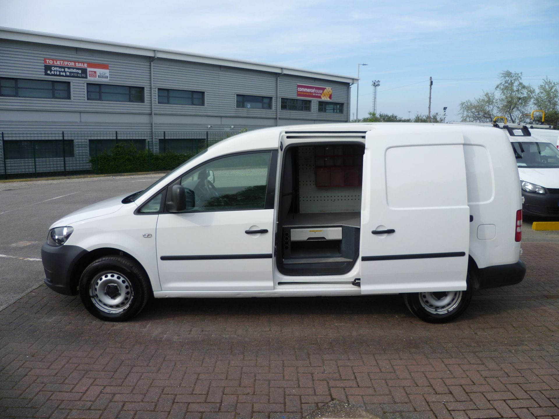 2014 Volkswagen Caddy 1.6 BLUEMOTION 102PS STARTLINE EURO 5 (BL63MGZ) Thumbnail 11