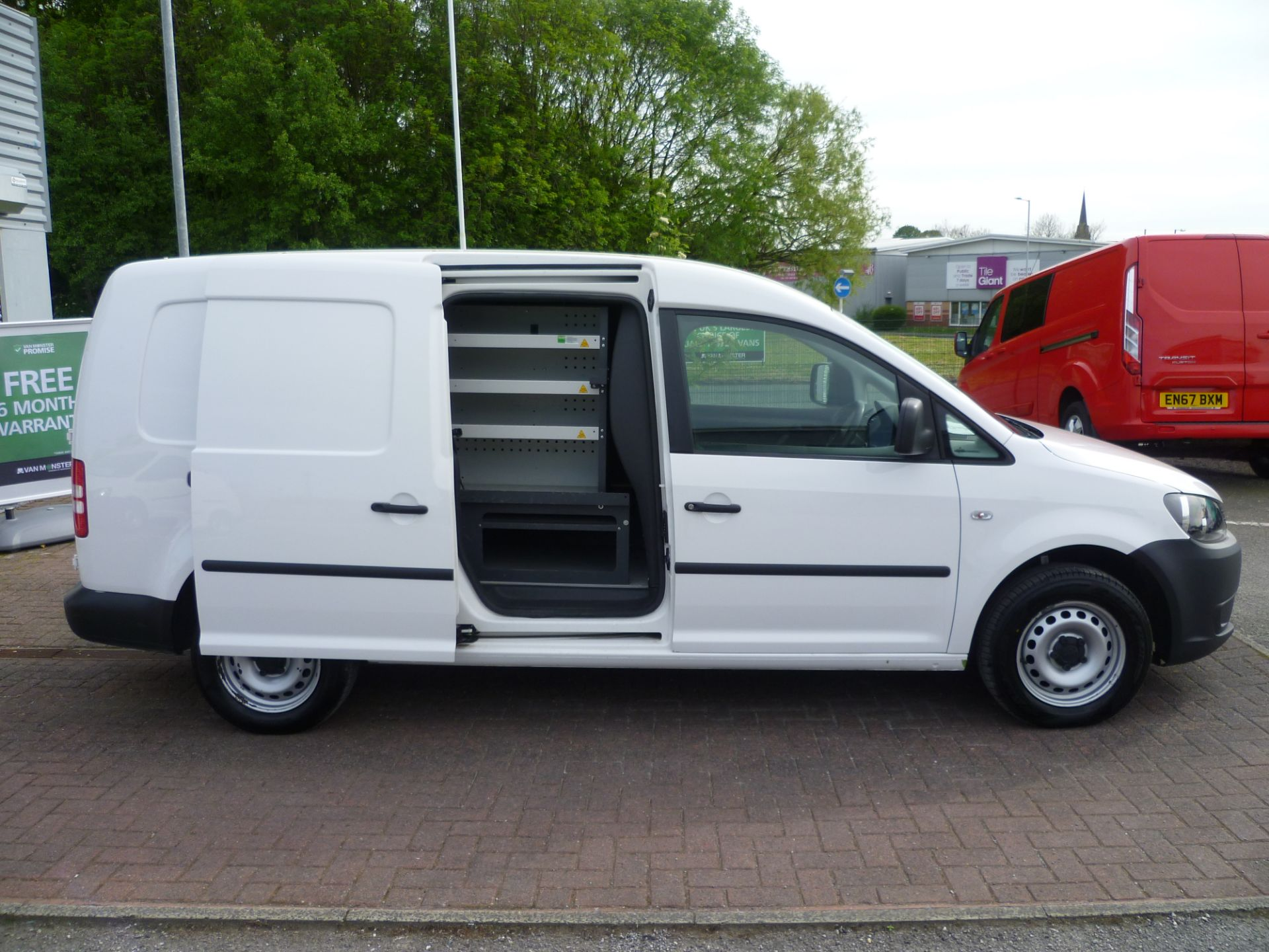 2014 Volkswagen Caddy 1.6 BLUEMOTION 102PS STARTLINE EURO 5 (BL63MGZ) Thumbnail 9
