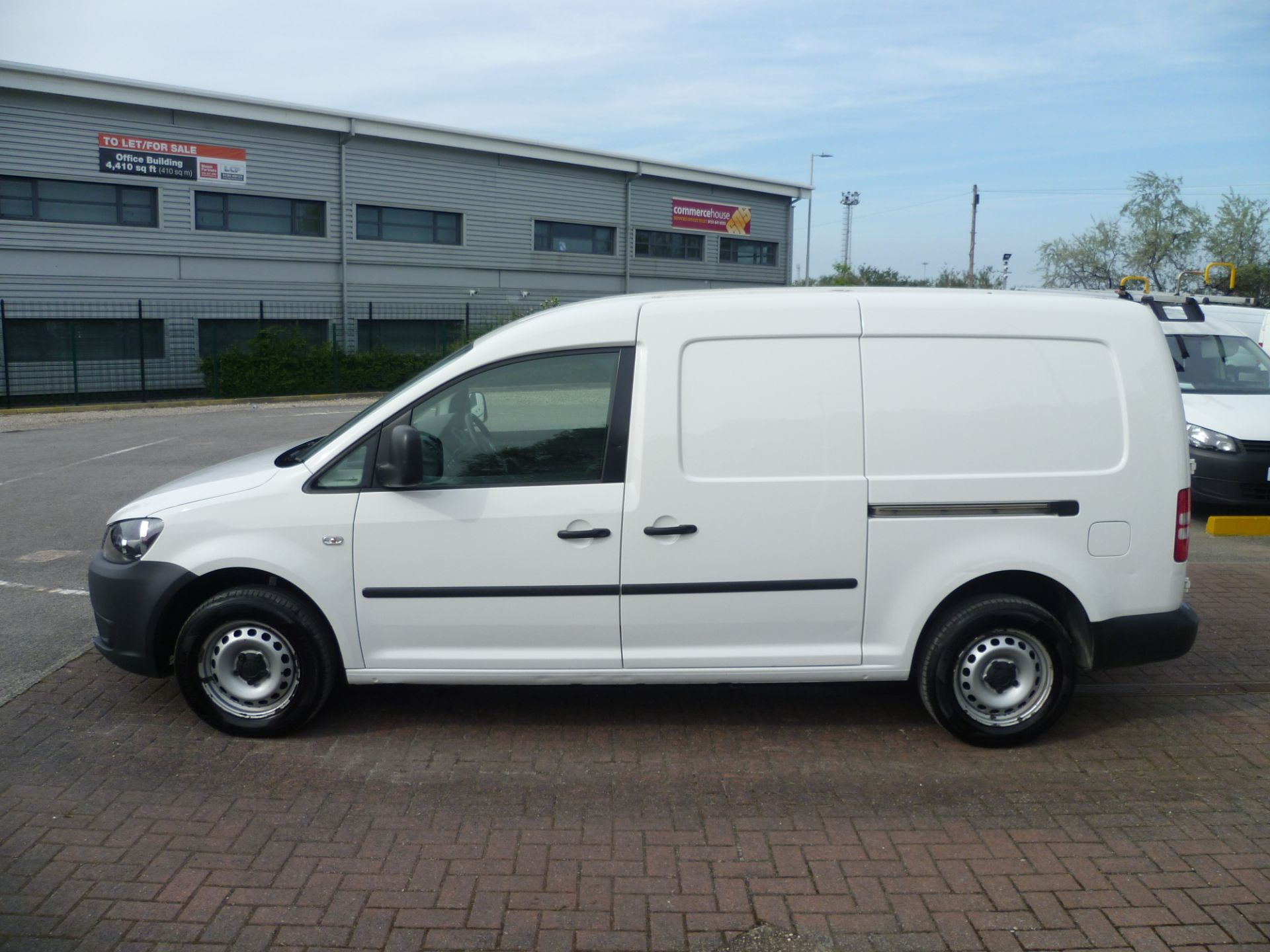 2014 Volkswagen Caddy 1.6 BLUEMOTION 102PS STARTLINE EURO 5 (BL63MGZ) Thumbnail 10