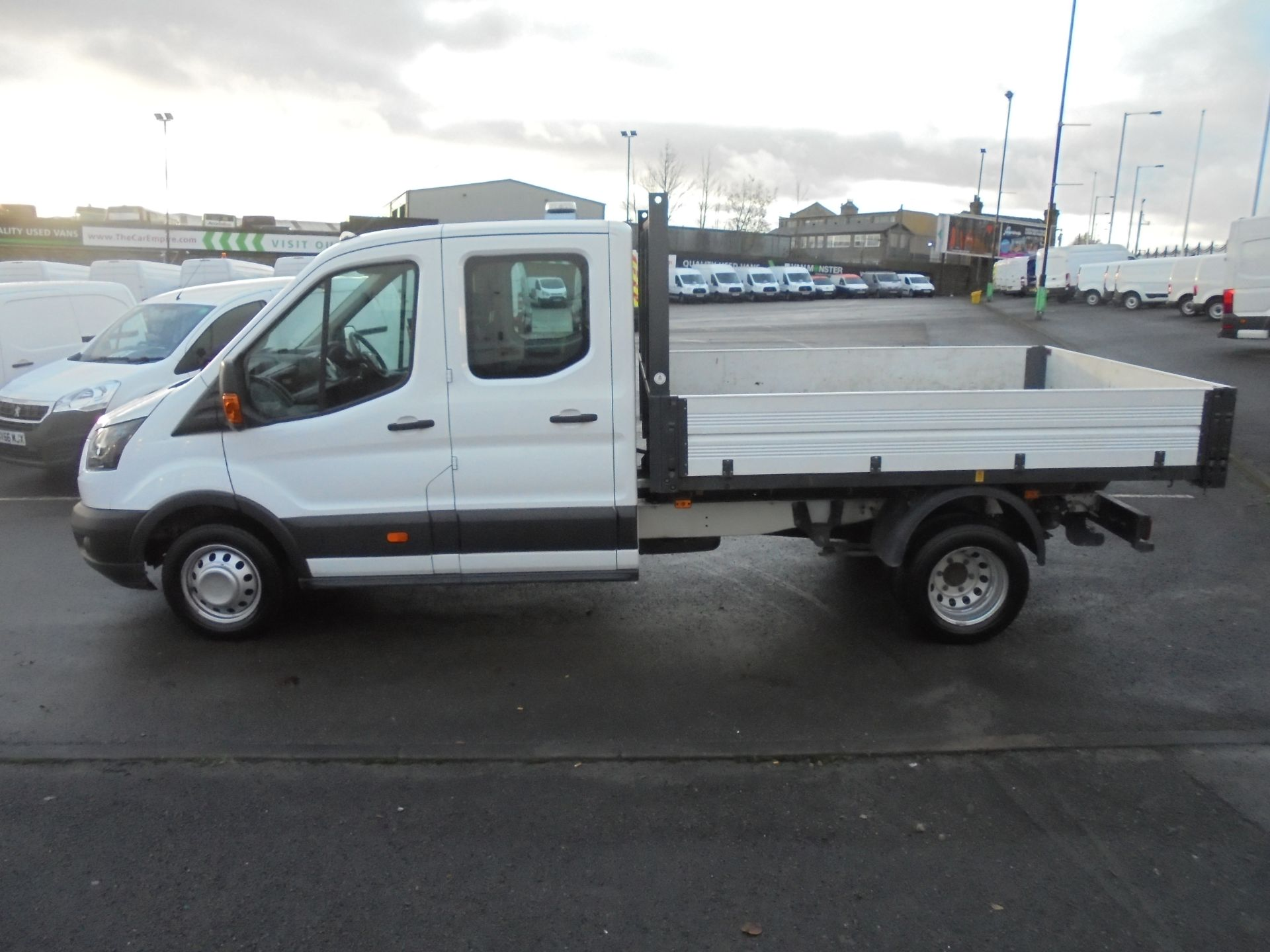 2017 Ford Transit T350 DOUBLE CAB TIPPER 130PS EURO 5 (BL67PYW) Image 4