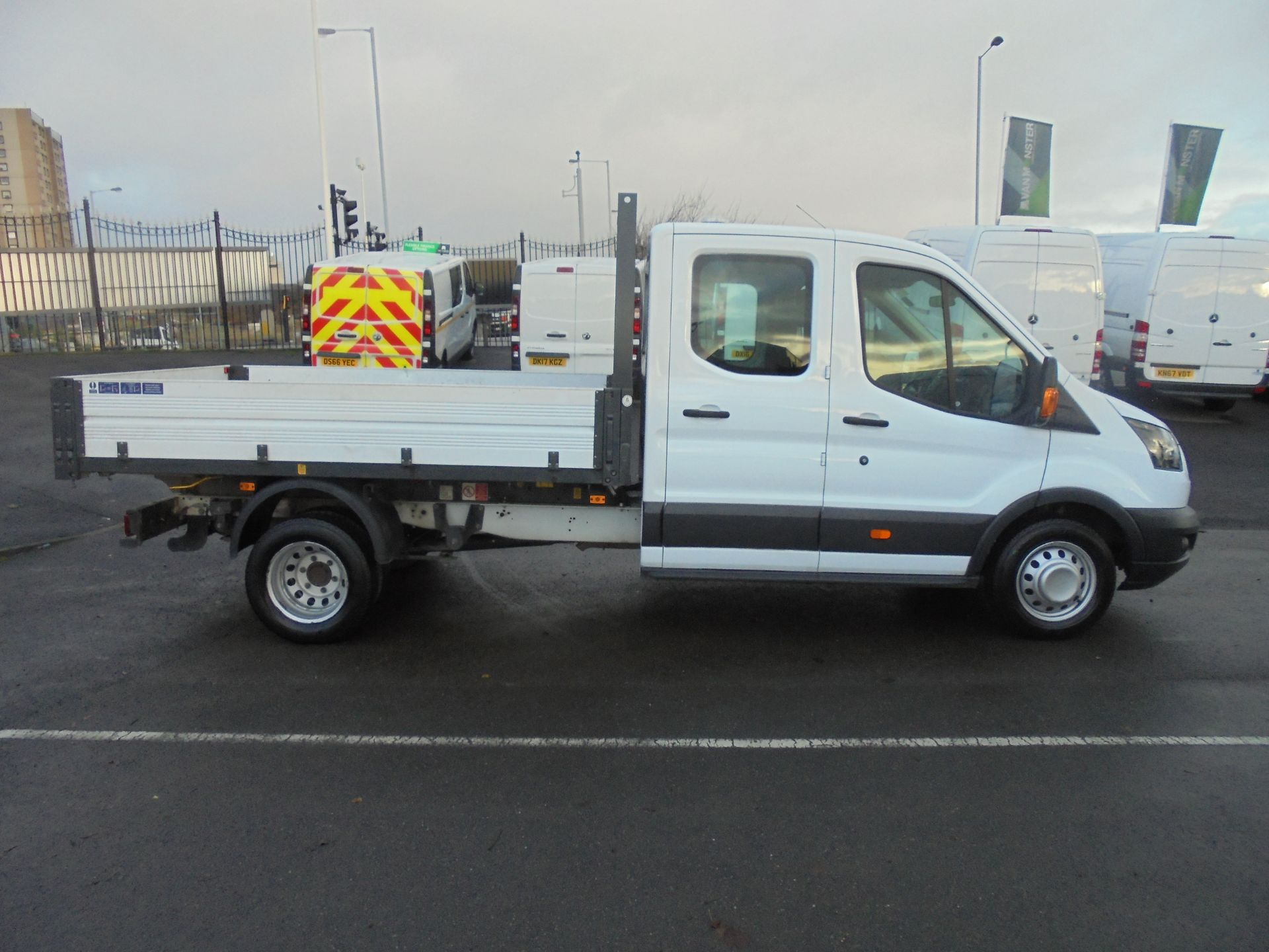 2017 Ford Transit T350 DOUBLE CAB TIPPER 130PS EURO 5 (BL67PYW) Image 8
