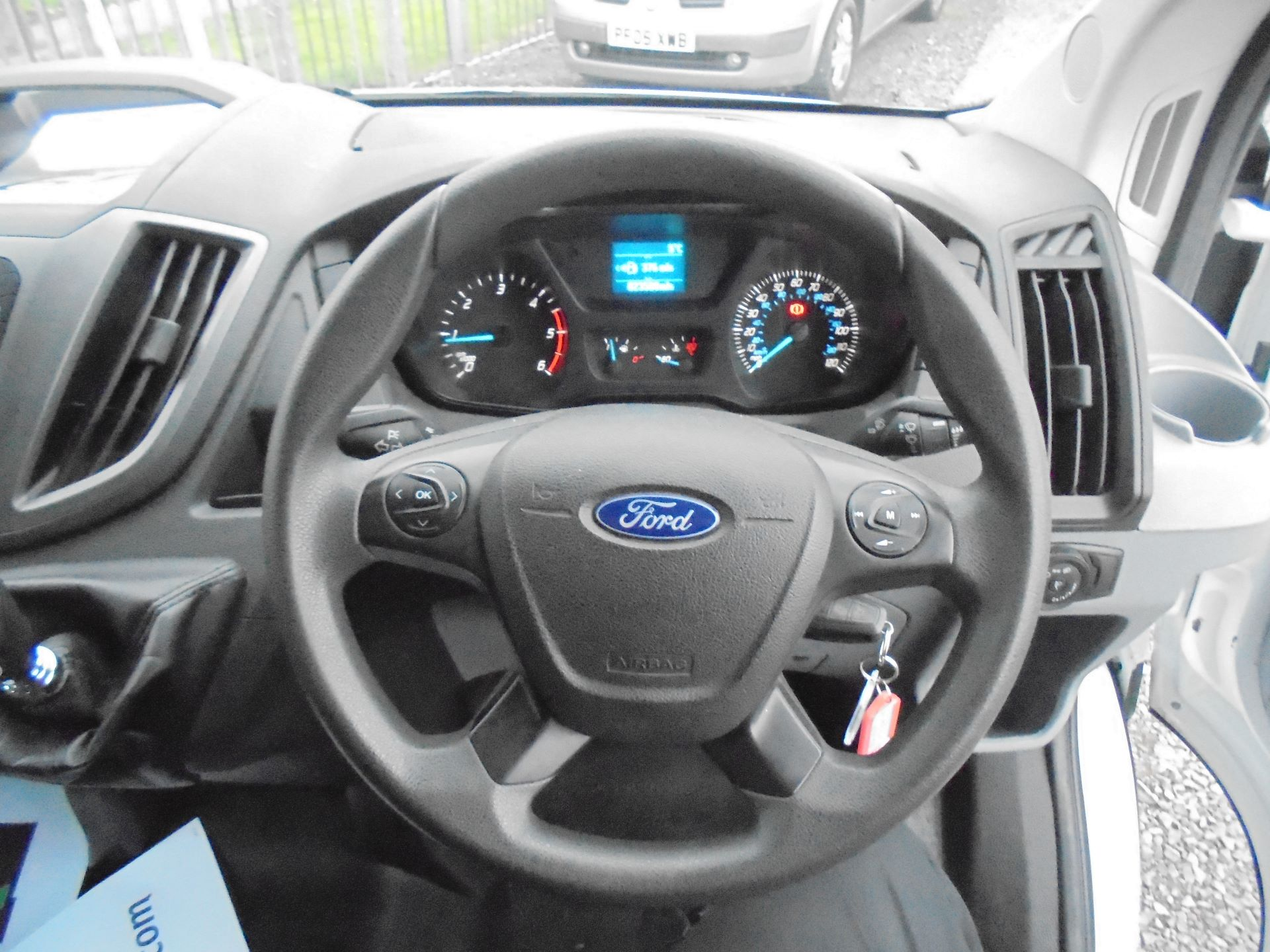 2017 Ford Transit 350 L3 DOUBLE CAB TIPPER 130PS EURO 5 (BL67PYZ) Image 18