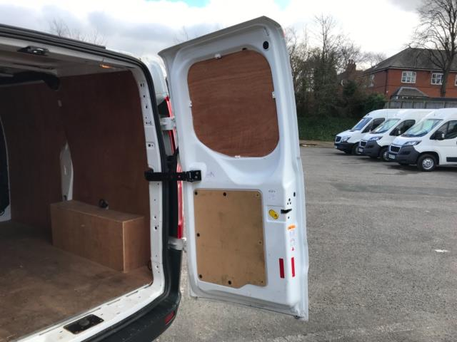 2018 Ford Transit Custom 2.0 Tdci 105Ps Low Roof Van Euro 6 (BL67YTW) Image 38