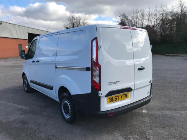 2018 Ford Transit Custom 2.0 Tdci 105Ps Low Roof Van Euro 6 (BL67YTW) Image 5