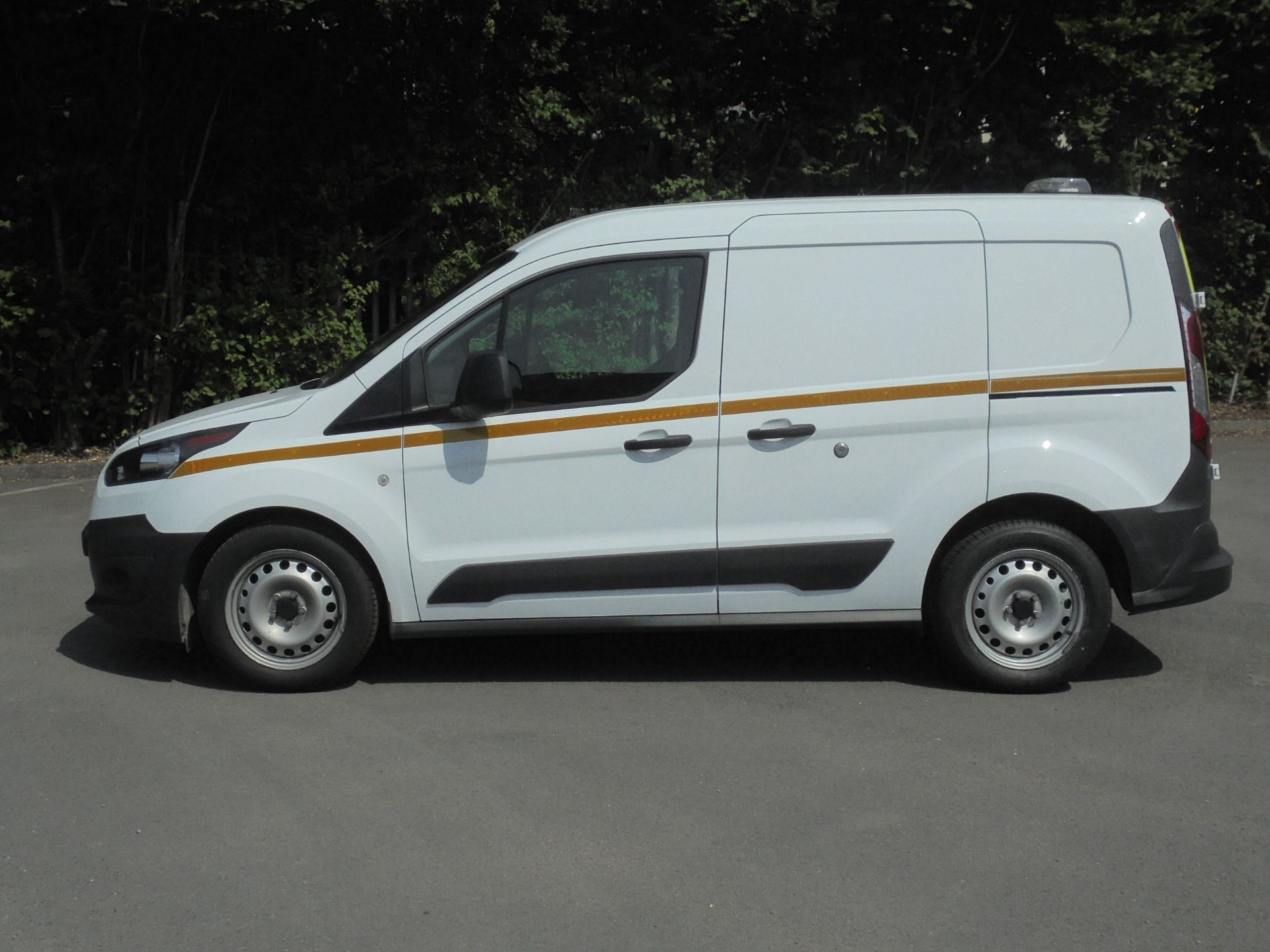 2018 Ford Transit Connect 1.5 Tdci 75Ps Van (BL67YXD) Image 4