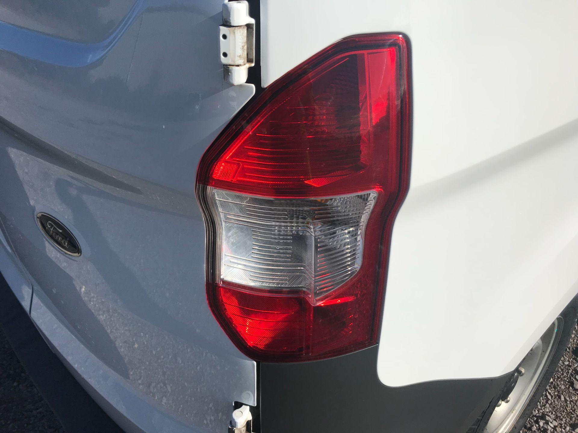 2019 Ford Transit Courier 1.5 Tdci Van Euro 6 (BL69RJZ) Image 15