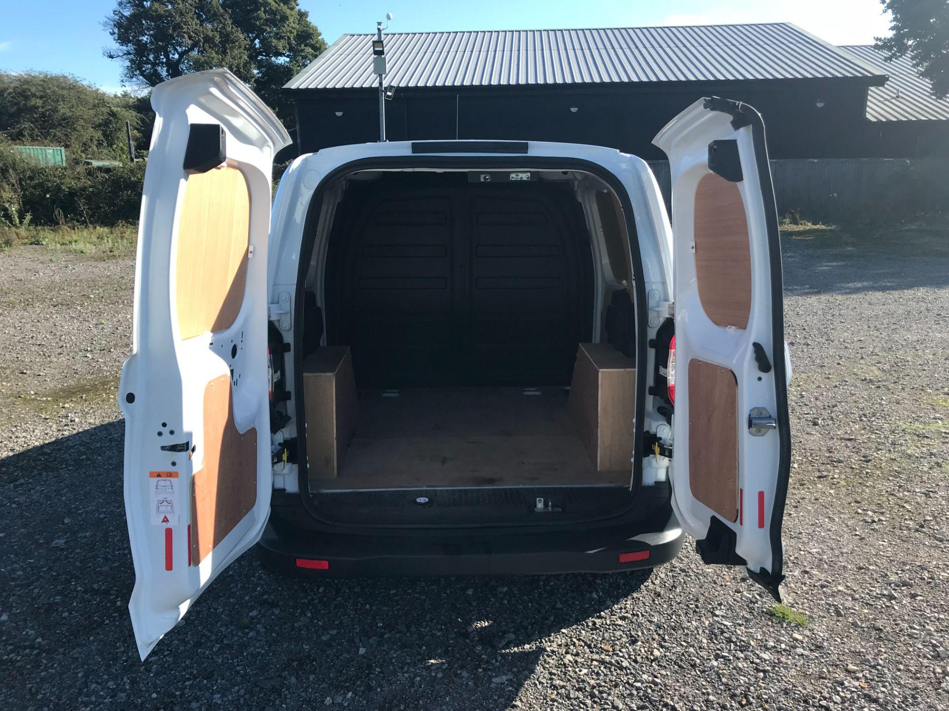2019 Ford Transit Courier 1.5 Tdci Van Euro 6 (BL69RJZ) Image 9