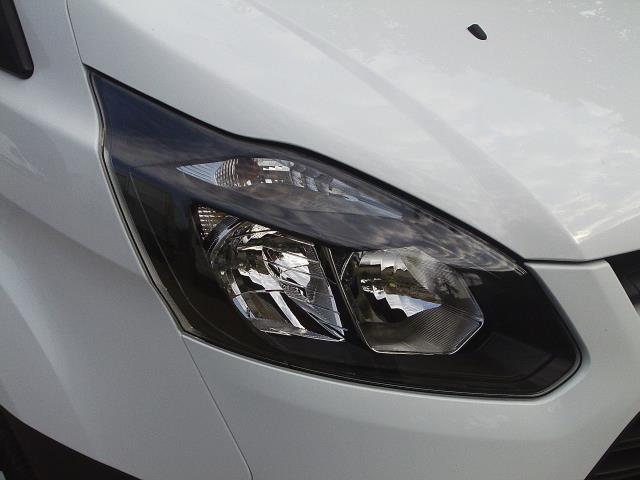 2017 Ford Transit Custom  290 L1 DIESEL FWD 2.0 TDCI 105PS LOW ROOF VAN EURO 6 (BM17HGE) Image 19