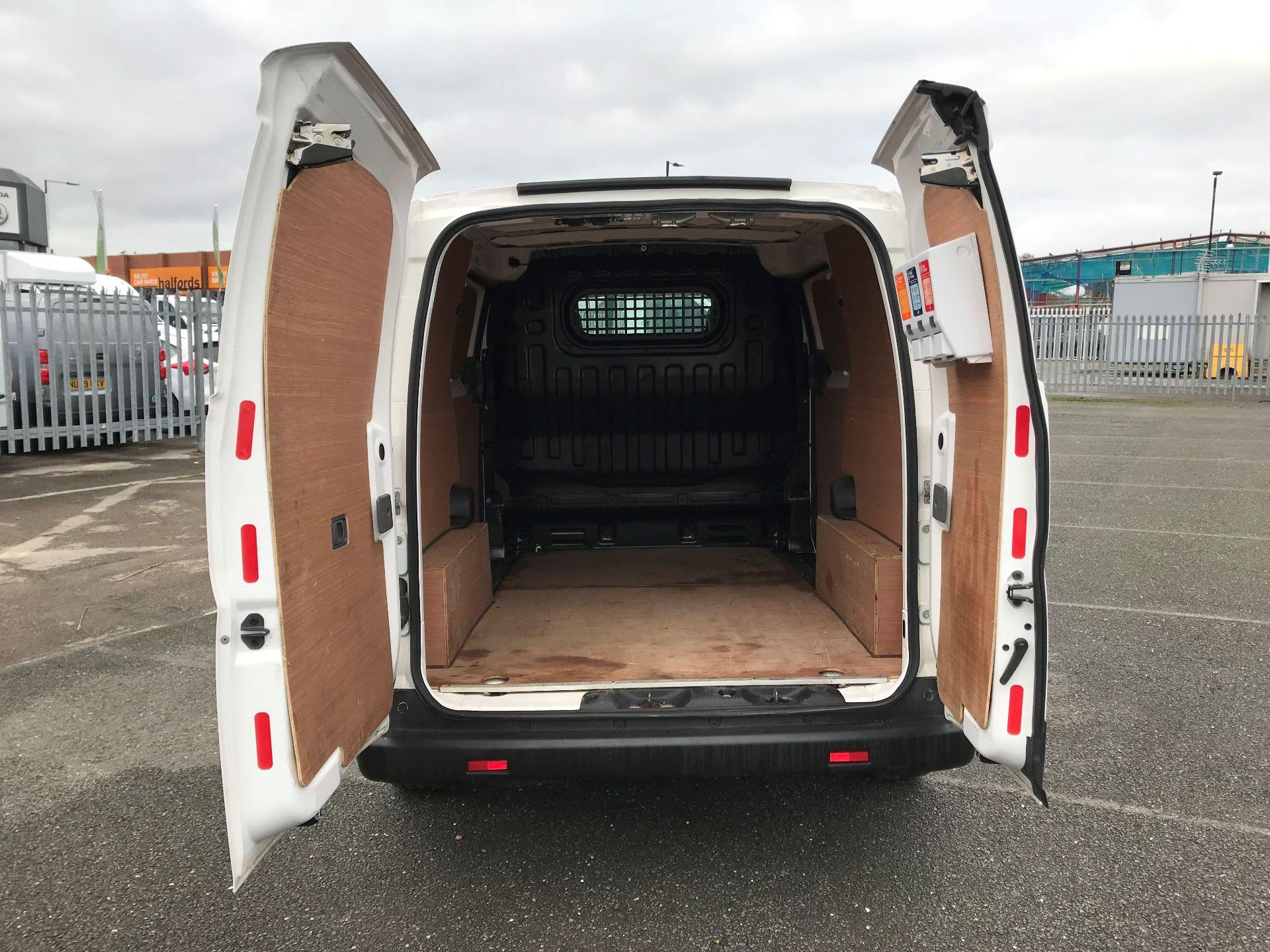 2016 Nissan E-Nv200 Acenta Rapid Plus Van Auto Euro 6 (BN16WFL) Image 7