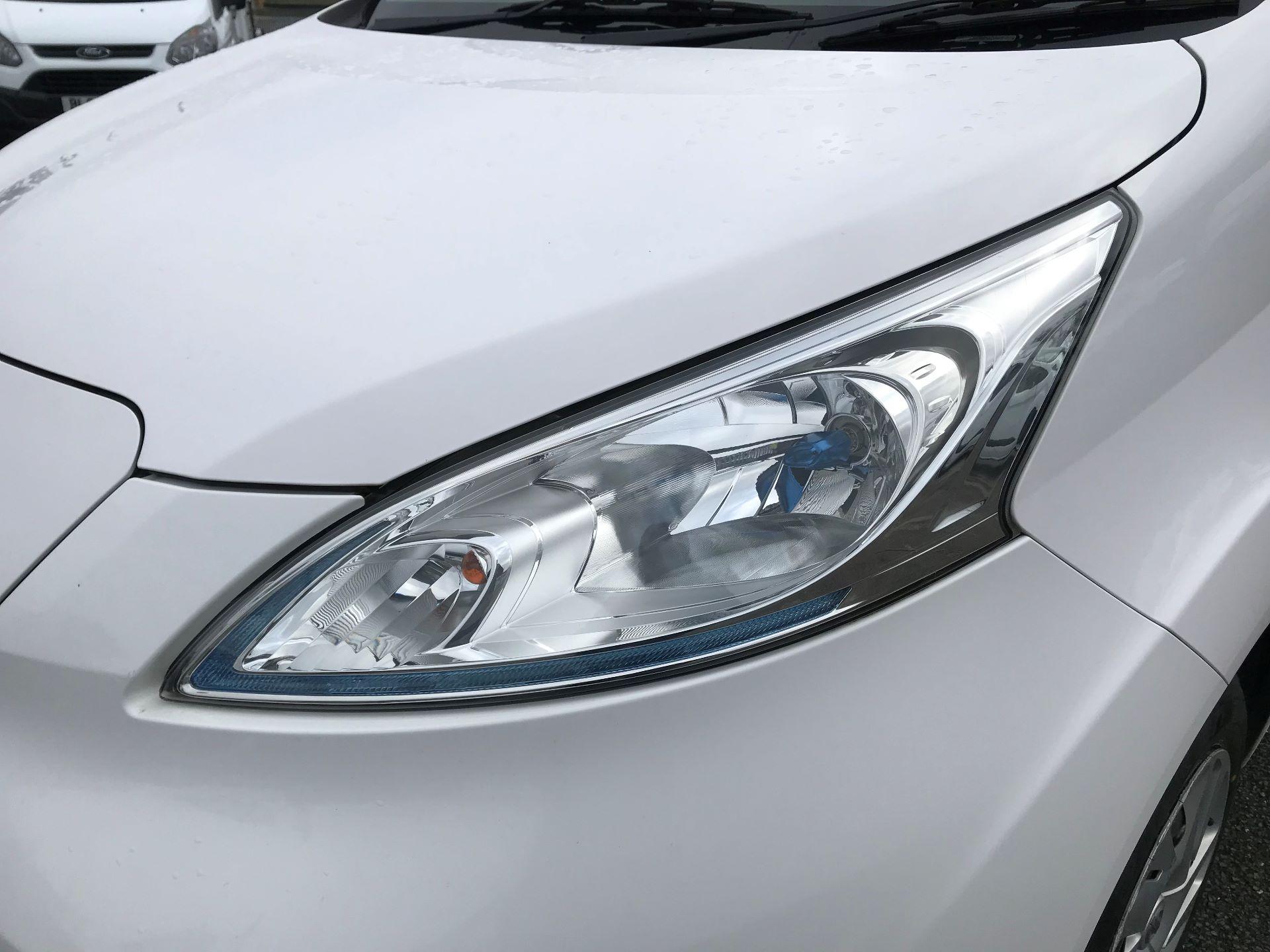 2016 Nissan E-Nv200 Acenta Rapid Plus Van Auto Euro 6 (BN16WFL) Image 17