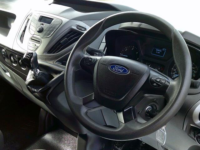 2017 Ford Transit Custom 290 L1 DIESEL FWD 2.0 TDCI 105PS LOW ROOF VAN EURO 6 (BN17PKV) Image 16