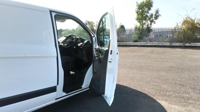 2017 Ford Transit Custom 2.0 Tdci 105Ps Low Roof Van (BN17PMU) Image 17