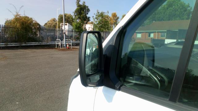 2017 Ford Transit Custom 2.0 Tdci 105Ps Low Roof Van (BN17PMU) Image 16