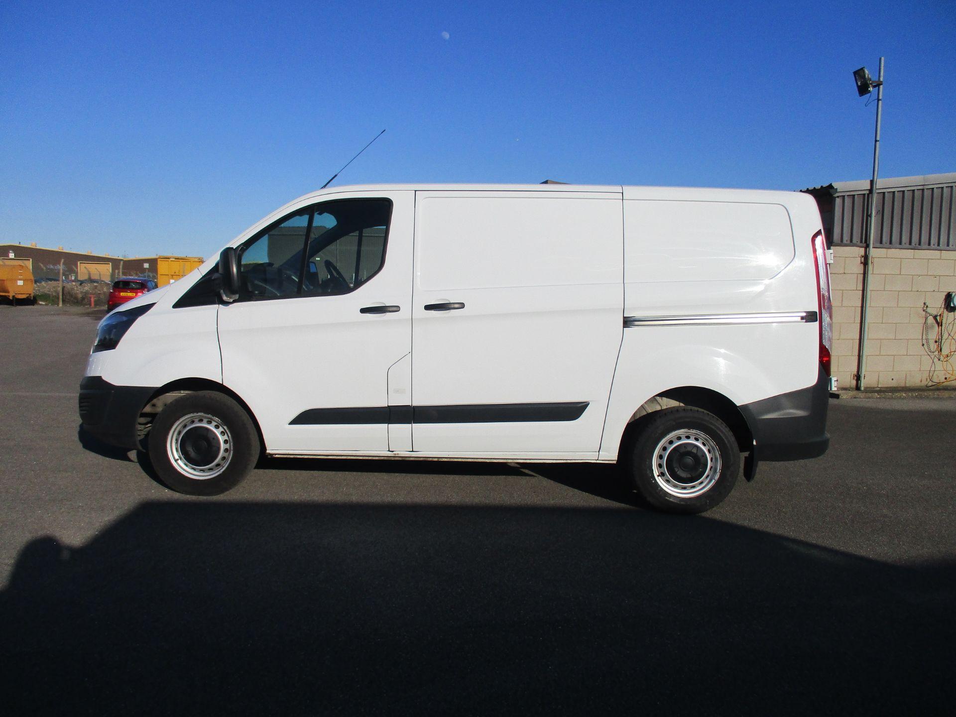2017 Ford Transit Custom 290 L1 DIESEL FWD 2.0 TDCI 105PS LOW ROOF VAN EURO 6 (BN17PNJ) Image 8