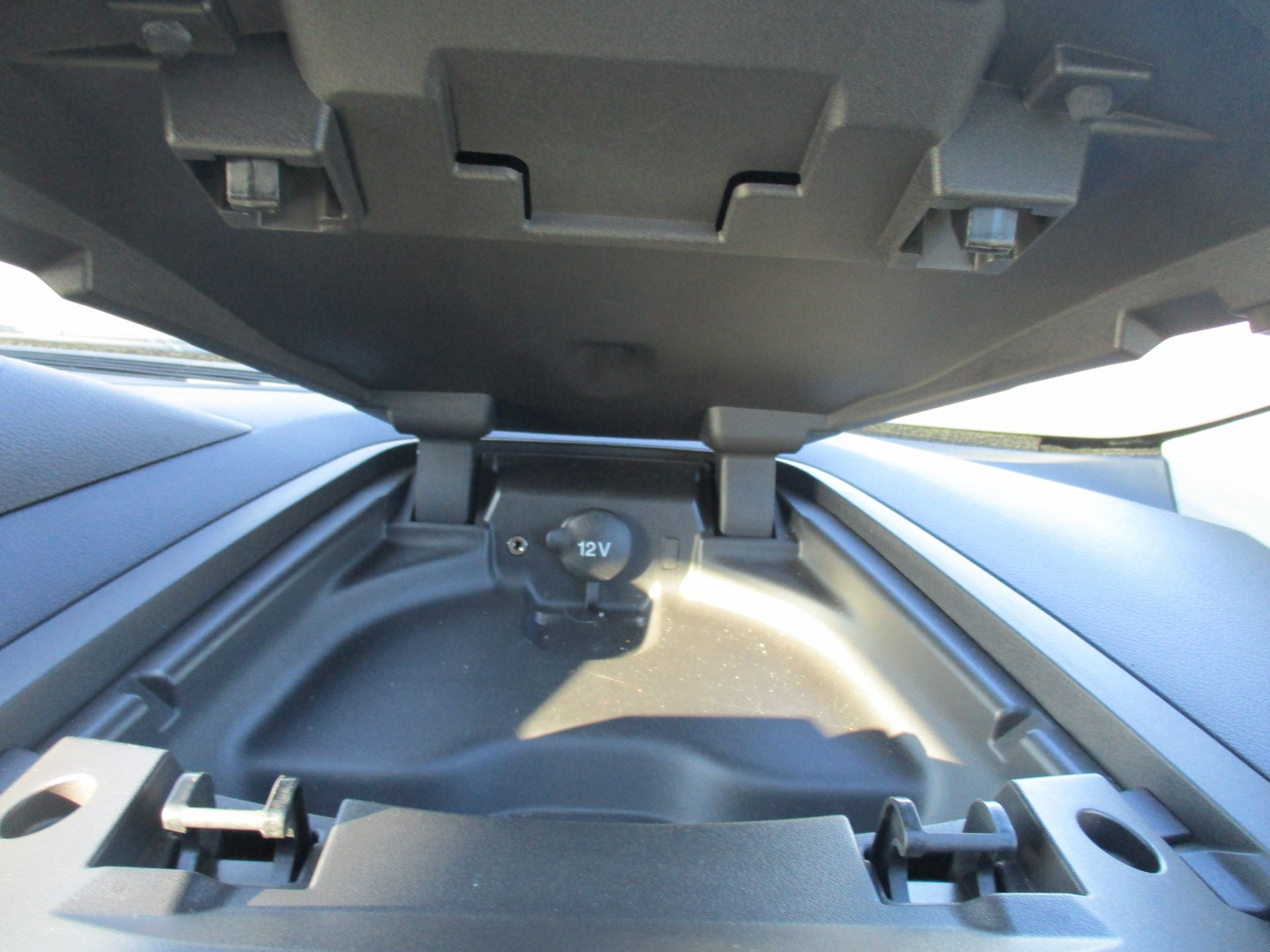2017 Ford Transit Custom 290 L1 DIESEL FWD 2.0 TDCI 105PS LOW ROOF VAN EURO 6 (BN17PNJ) Image 22