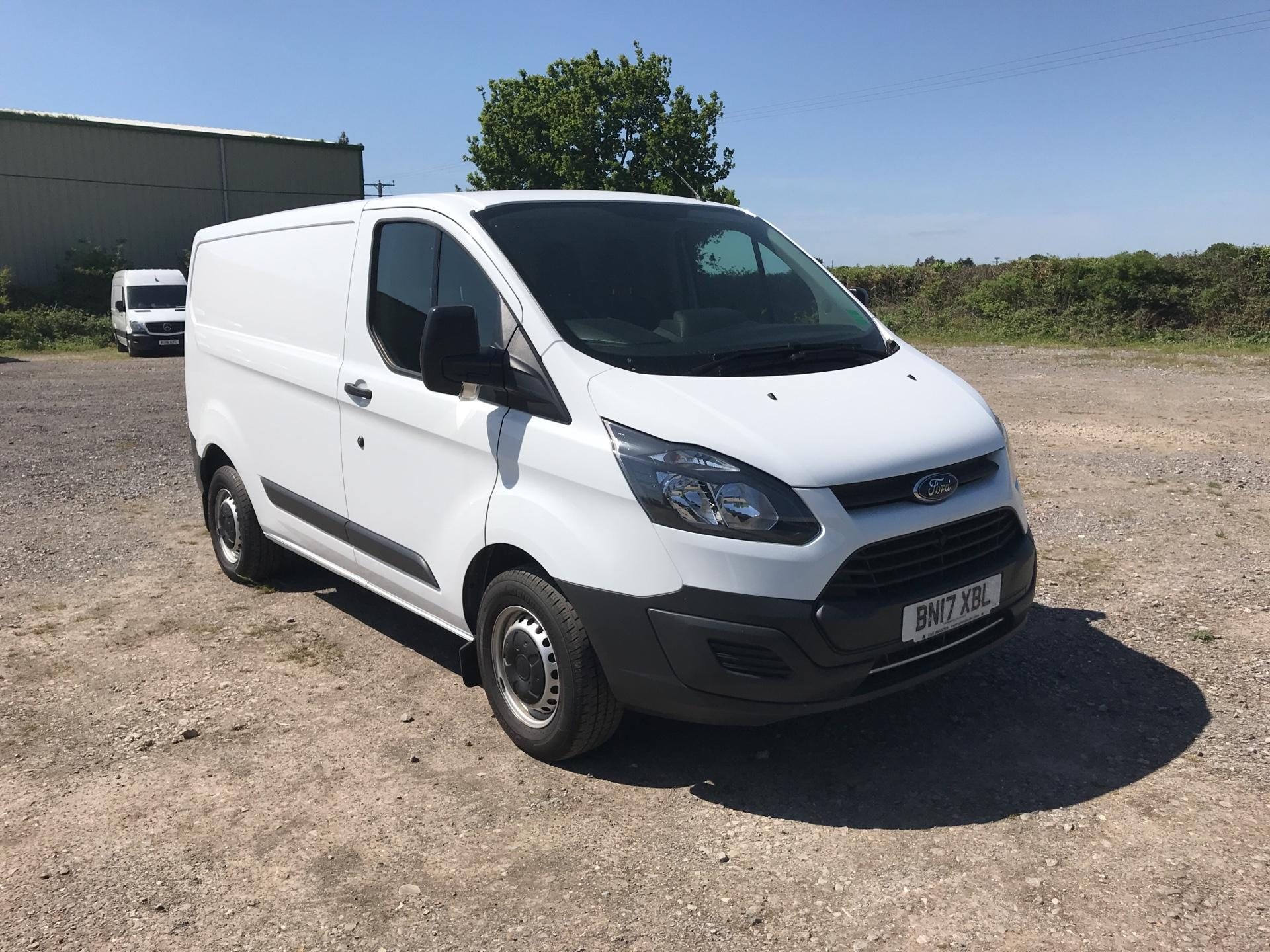 2017 Ford Transit Custom 2.0 Tdci 105Ps Low Roof Van (BN17XBL)
