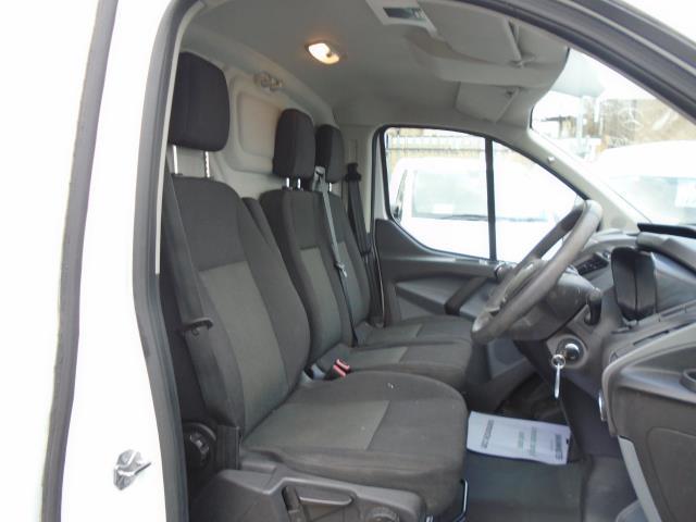 2017 Ford Transit Custom 2.0 Tdci 105Ps Low Roof Van (BN17XFO) Image 20