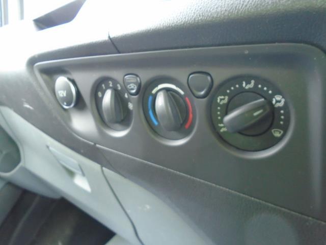 2017 Ford Transit Custom 2.0 Tdci 105Ps Low Roof Van (BN17XFO) Image 27