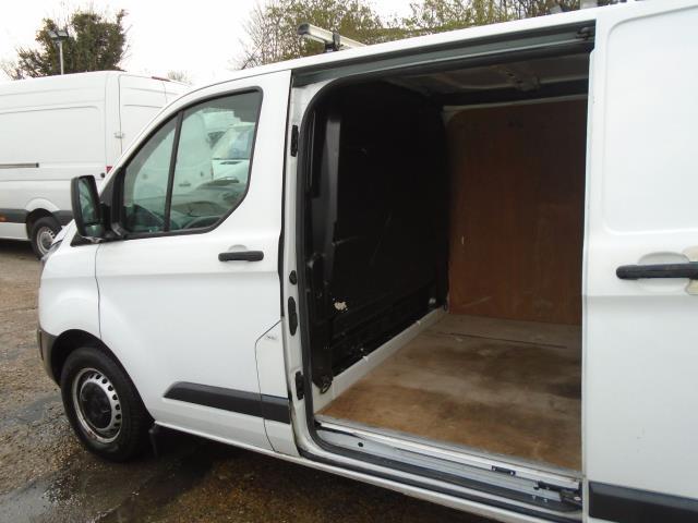 2017 Ford Transit Custom 2.0 Tdci 105Ps Low Roof Van (BN17XFO) Image 15