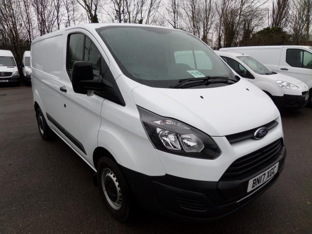 2017 Ford Transit Custom 290 L1 FWD 2.0 Tdci 105Ps Low Roof Van EURO 6 (BN17XGC)