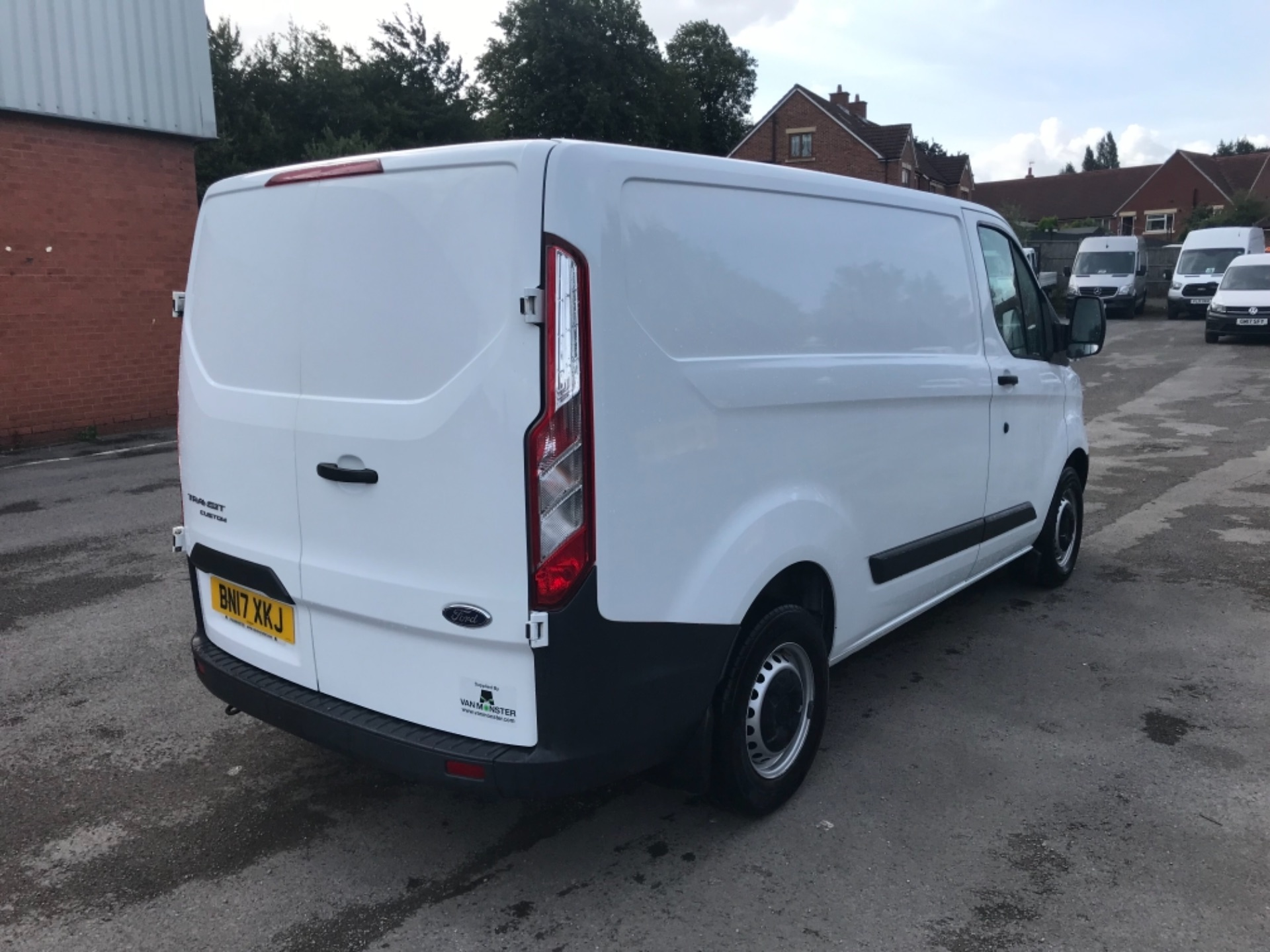 2017 Ford Transit Custom 2.0 Tdci 105Ps Low Roof Van Euro 6 (BN17XKJ) Image 7