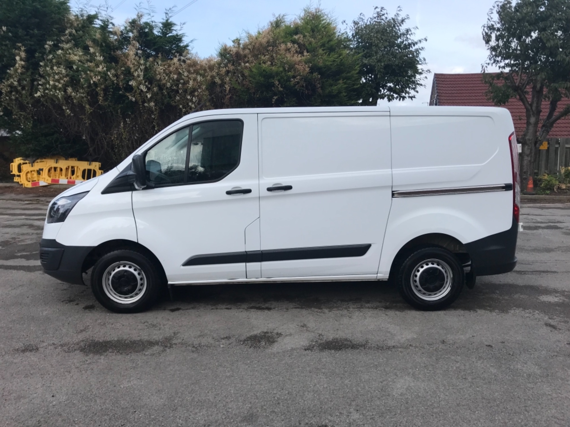2017 Ford Transit Custom 2.0 Tdci 105Ps Low Roof Van Euro 6 (BN17XKJ) Image 4