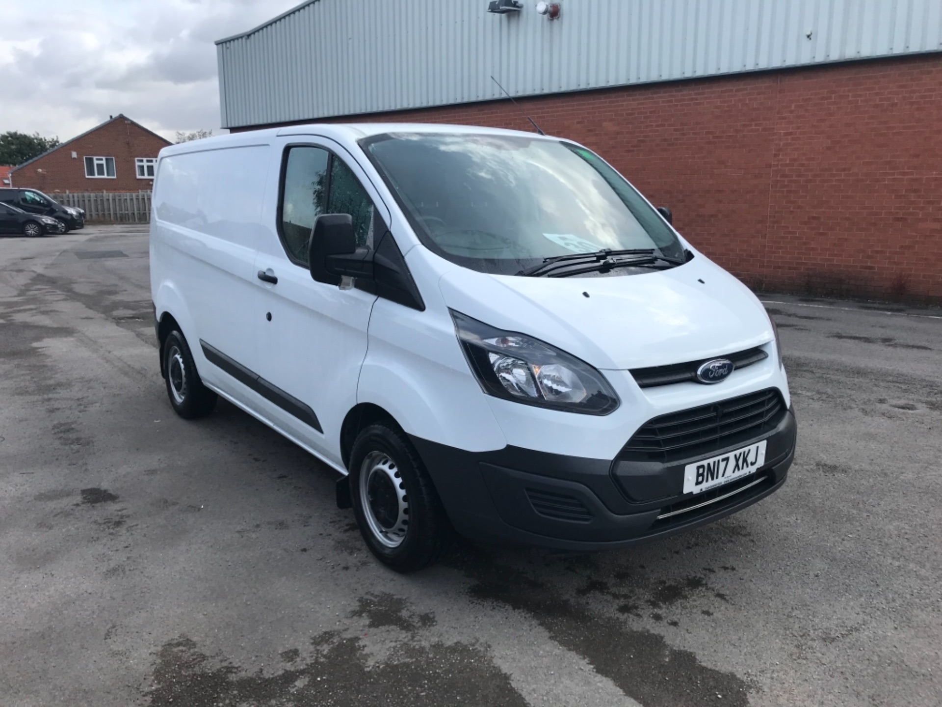2017 Ford Transit Custom 2.0 Tdci 105Ps Low Roof Van Euro 6 (BN17XKJ) Image 1