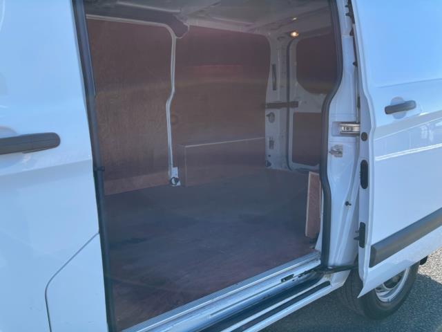 2018 Ford Transit Custom 2.0 Tdci 105Ps Low Roof Van (BN18NKG) Image 11