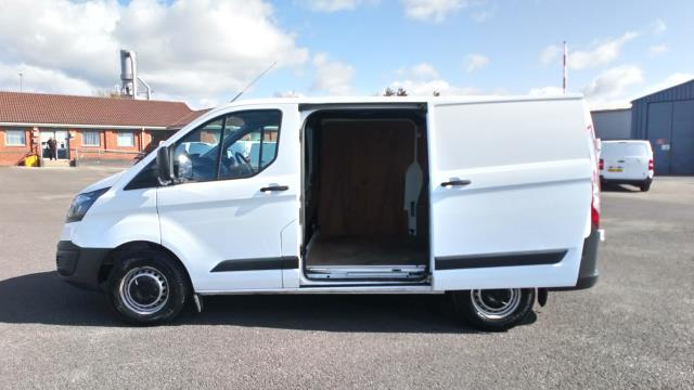 2018 Ford Transit Custom 2.0 Tdci 105Ps Low Roof Van (BN18NLO) Image 9