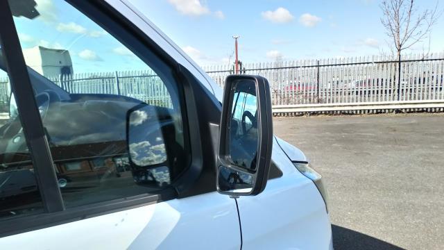 2018 Ford Transit Custom 2.0 Tdci 105Ps Low Roof Van (BN18NLO) Image 12