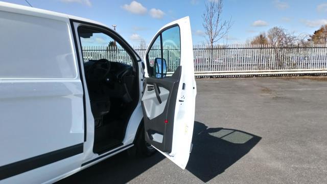 2018 Ford Transit Custom 2.0 Tdci 105Ps Low Roof Van (BN18NLO) Image 13