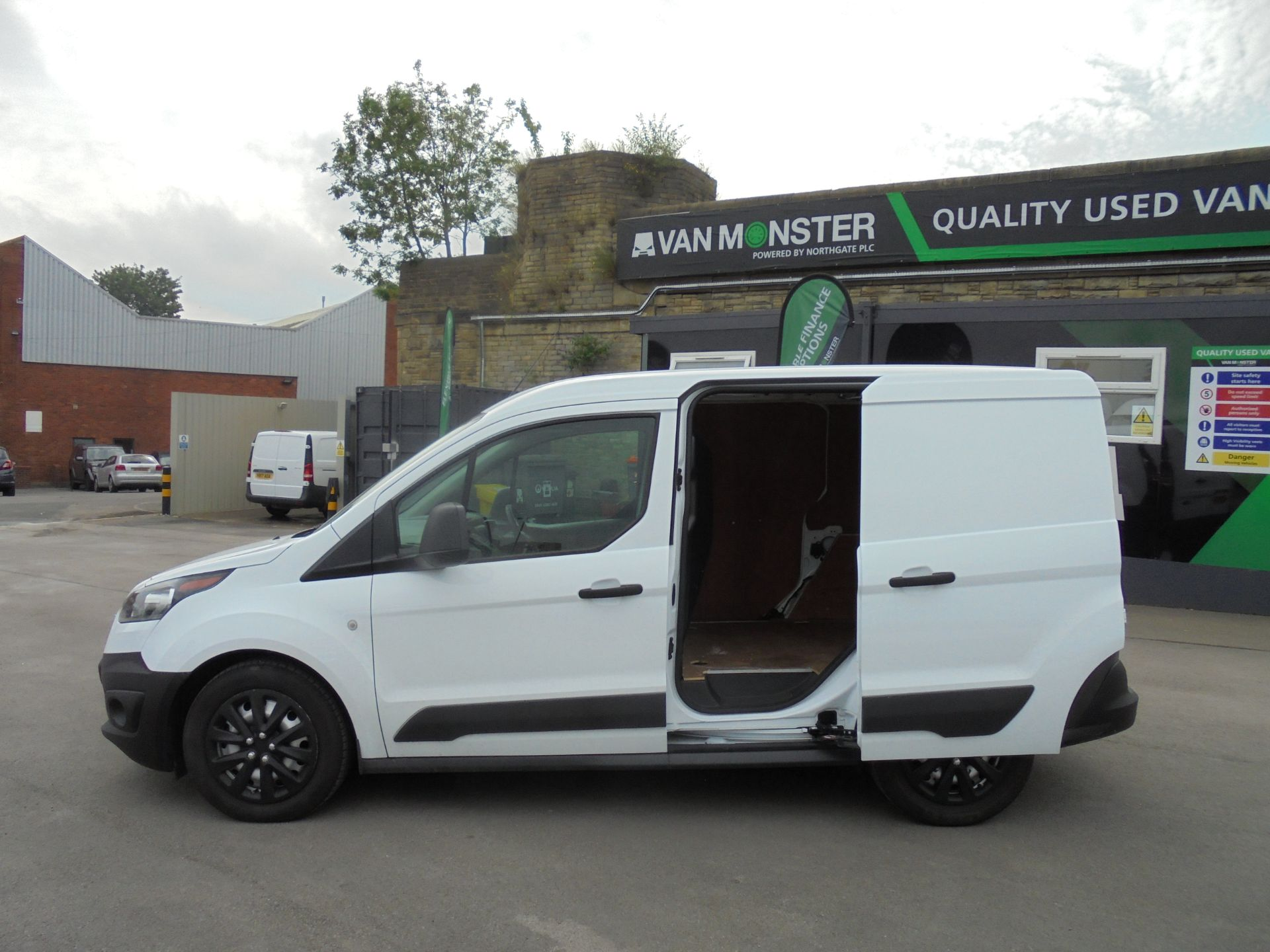2018 Ford Transit Connect 200 L1 1.5 Tdci 75Ps Van (BN18YCM) Thumbnail 25