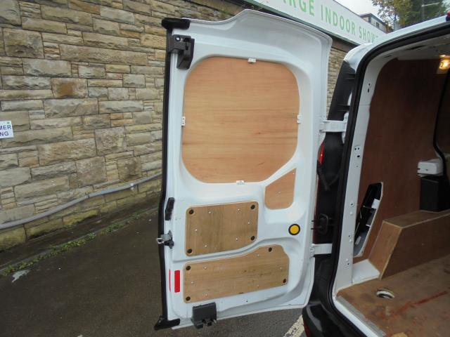2018 Ford Transit Connect 200 L1 1.5 Tdci 75Ps Van (BN18YCM) Image 20