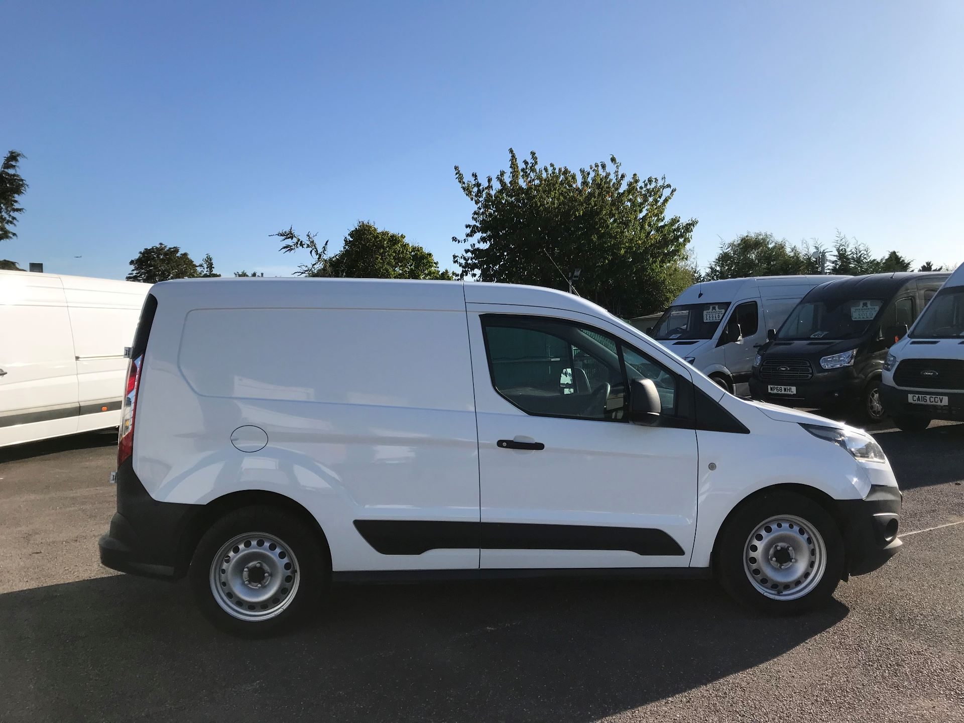 2016 Ford Transit Connect  200 L1 1.6 TDCI 75PS EURO 5 (BN66UUW) Image 9