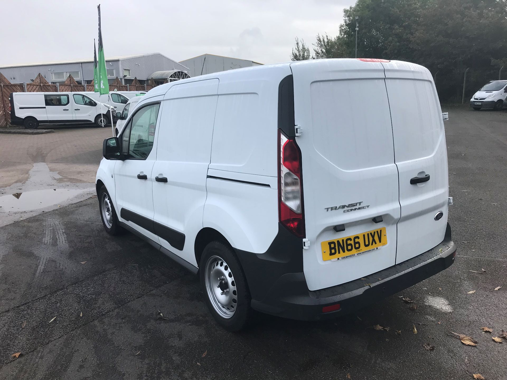 2016 Ford Transit Connect  200 L1 Diesel 1.6 TDCi 75PS Van EURO 5 (BN66UXV) Image 5