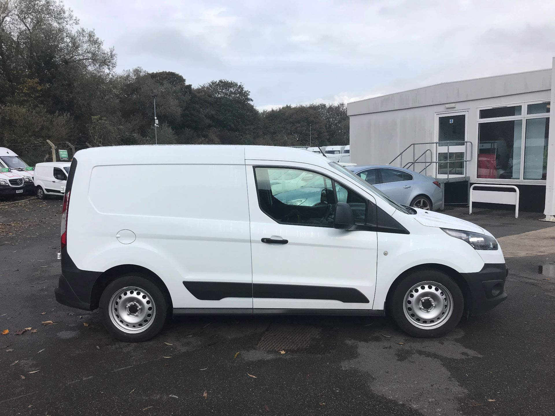 2016 Ford Transit Connect  200 L1 Diesel 1.6 TDCi 75PS Van EURO 5 (BN66UXV) Image 8