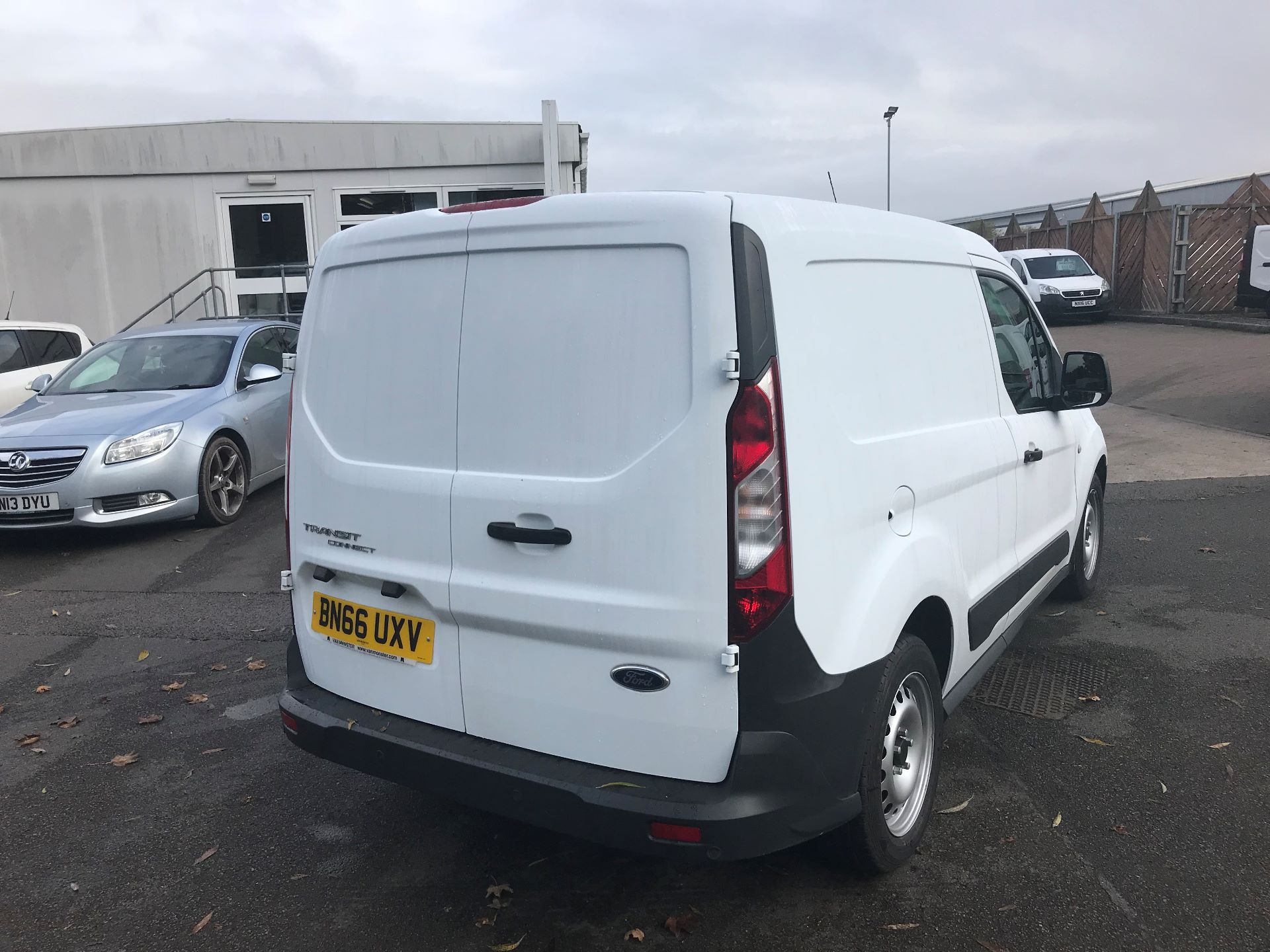 2016 Ford Transit Connect  200 L1 Diesel 1.6 TDCi 75PS Van EURO 5 (BN66UXV) Image 4