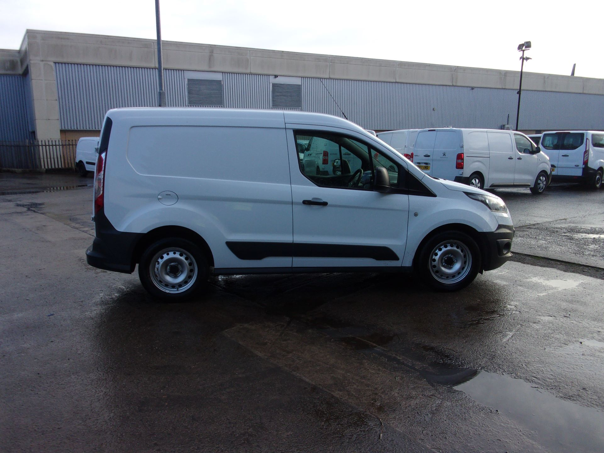 2016 Ford Transit Connect 200 L1 DIESEL 1.6 TDCI 75PS VAN EURO 5 (BN66UZD) Image 8