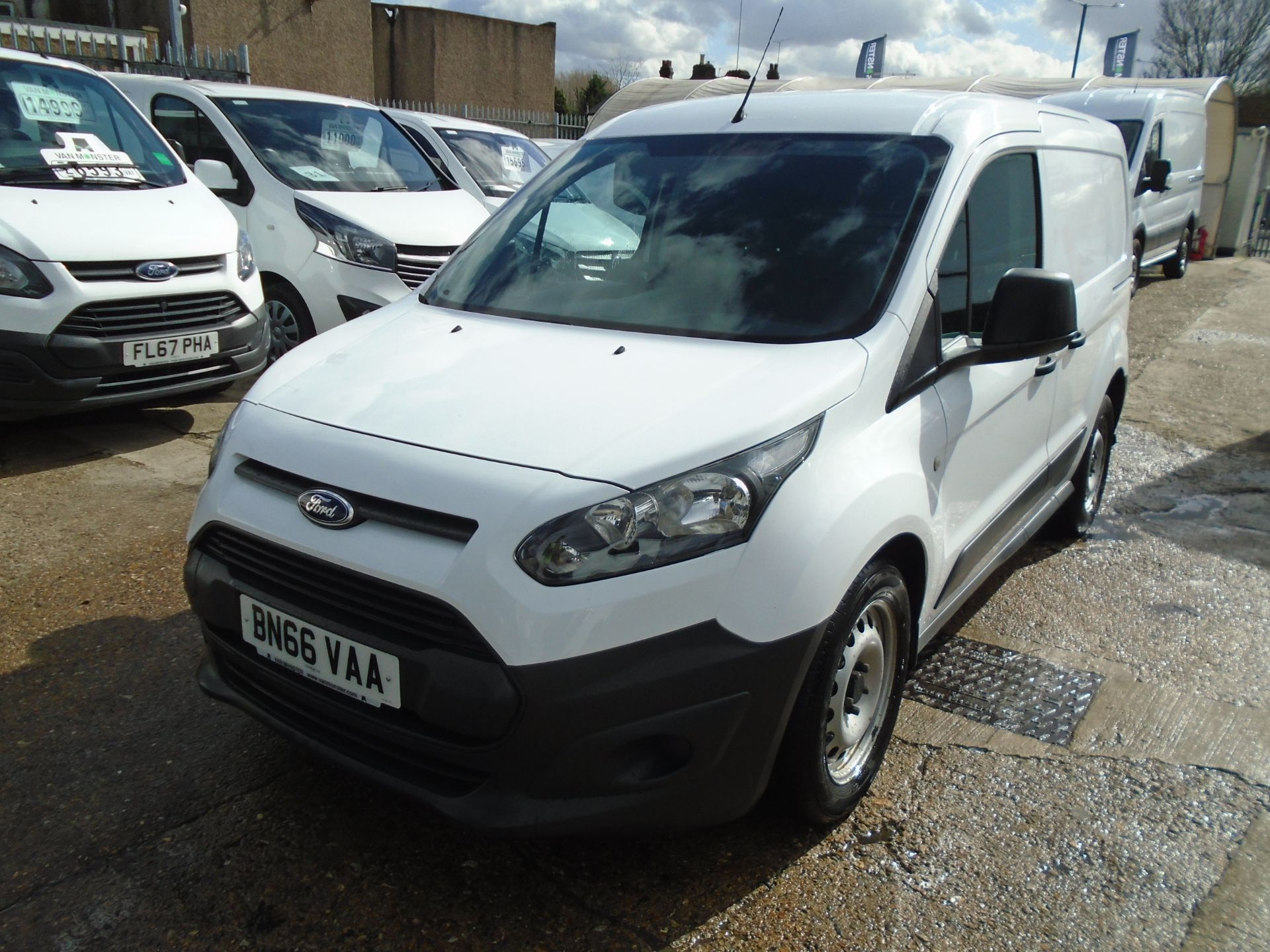 2016 Ford Transit Connect 1.6 Tdci 75Ps Van (BN66VAA) Image 3