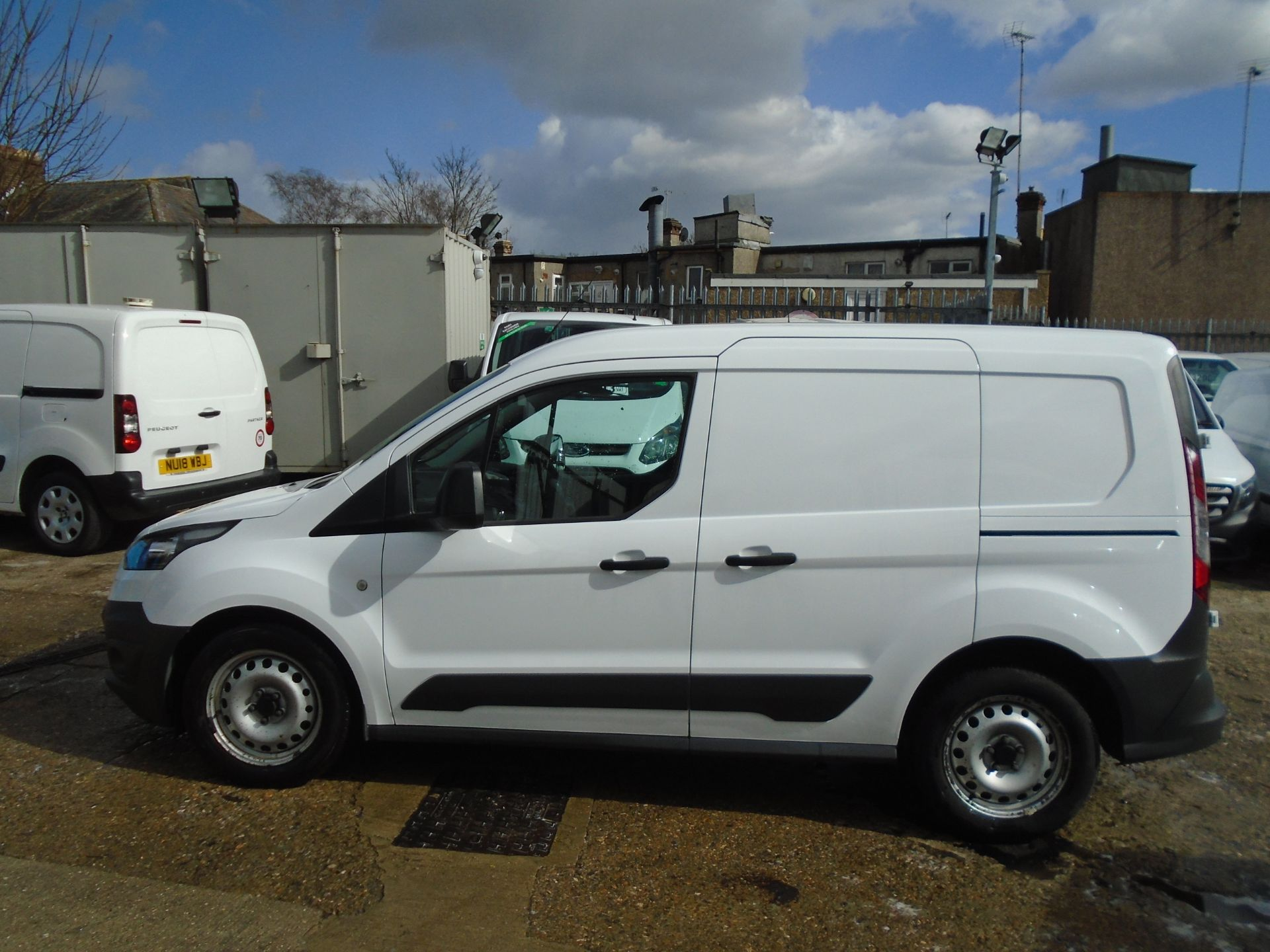 2016 Ford Transit Connect 1.6 Tdci 75Ps Van (BN66VAA) Image 7